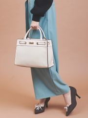 Bags, wallets, accessories for women. picture of hand bag (sdm0119w0034)